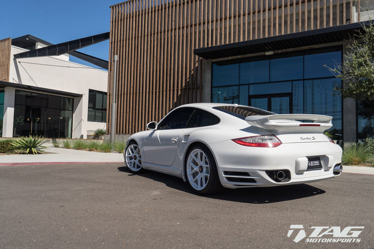 Porsche 997 Turbo With Hre R101 Wheels In Gloss White My Car Portal