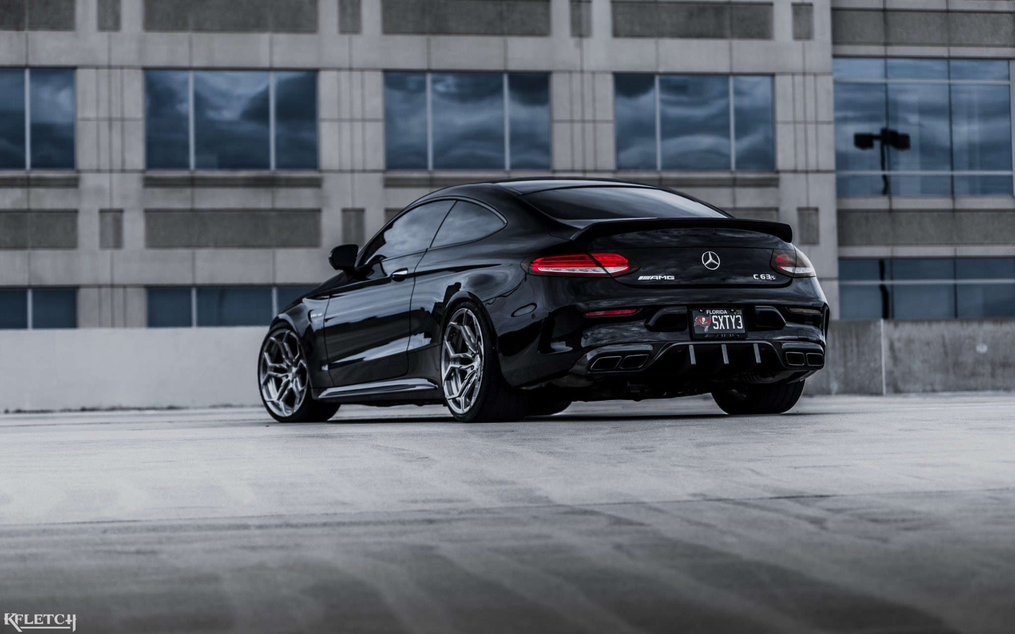 mercedes amg c63s coupe on velos xx forged wheels 34292338890 o my car portal. Black Bedroom Furniture Sets. Home Design Ideas